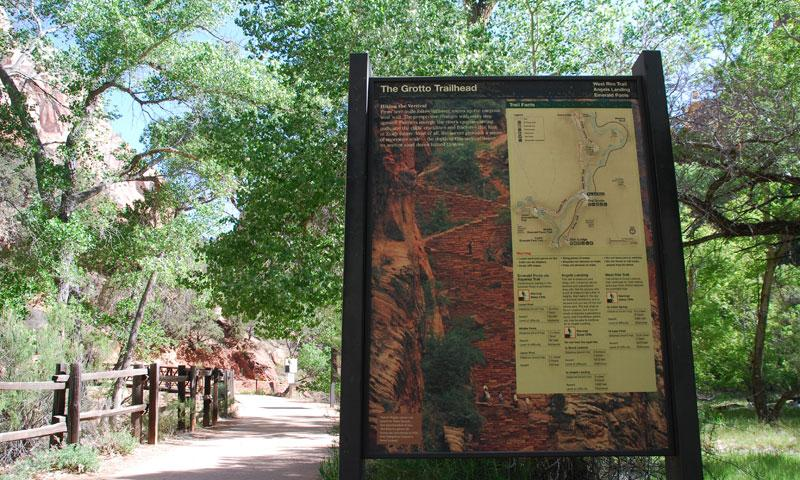 The Grotto Hiking Trail in Zion