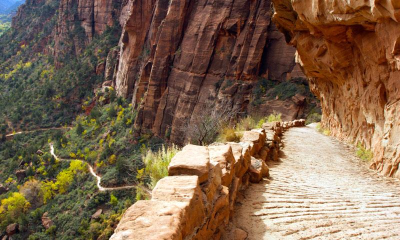 Angels Landing Hiking Trail in Zion